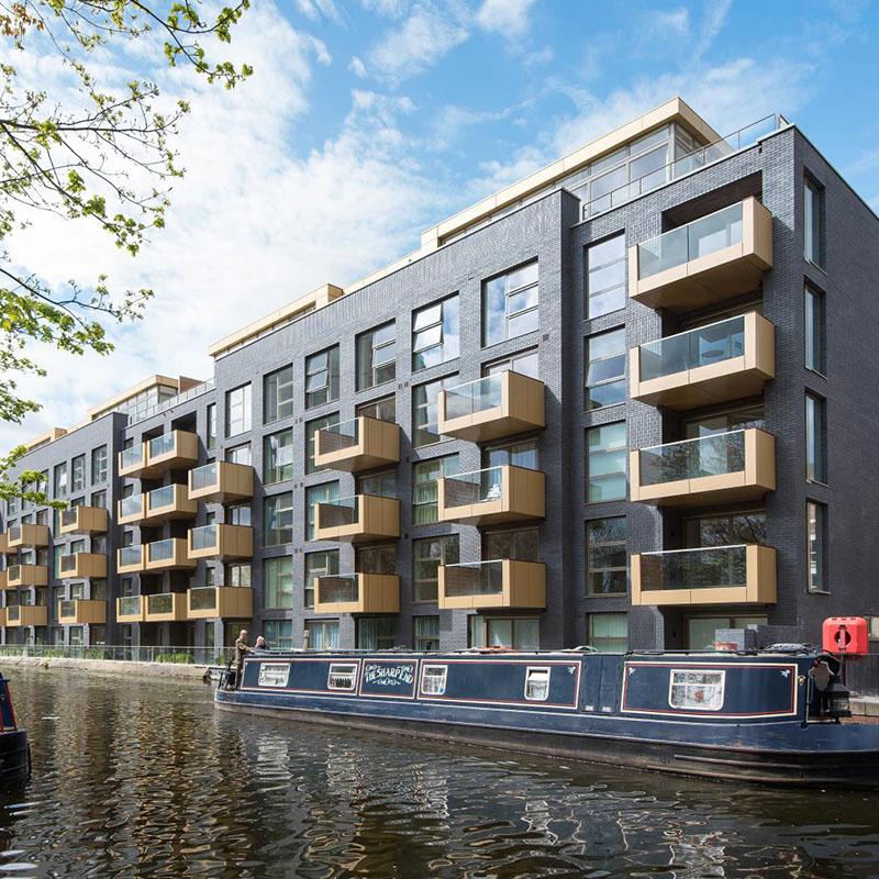 Redrow & Bouygues UK - Amberley Waterfront