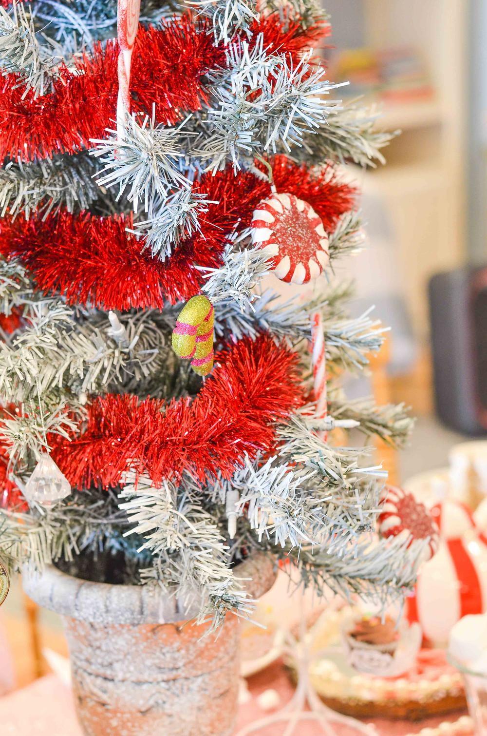kids nutcracker party tree decoration