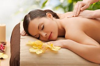 Dreiheitisch entspannende Massagen