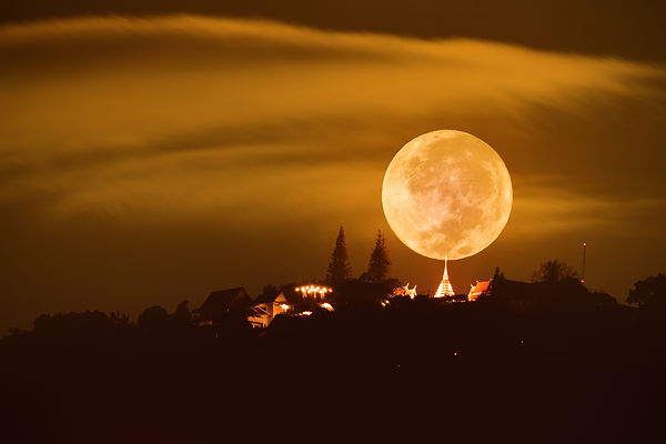 The full moon with stupa pagoda doi suth