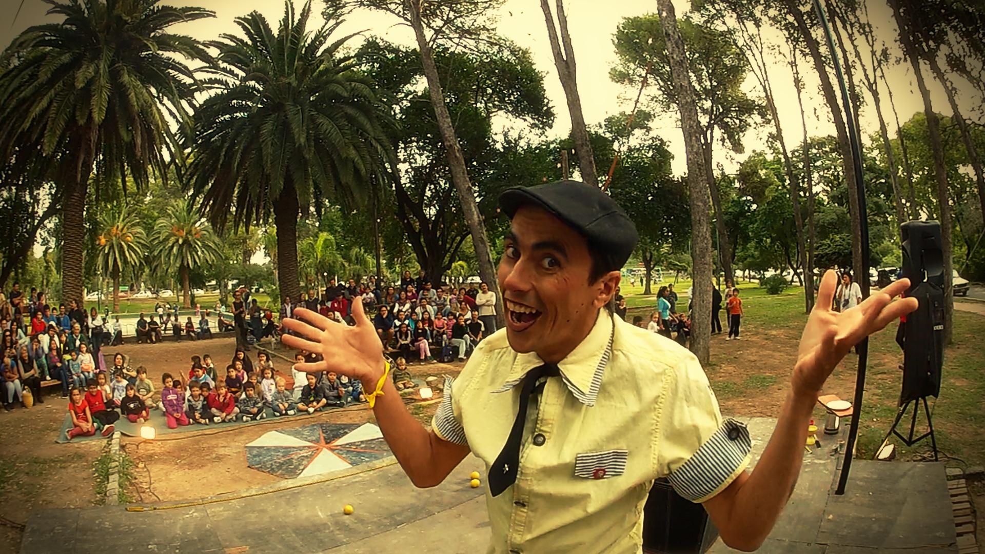 Wakamola en Parque Sarmiento 01