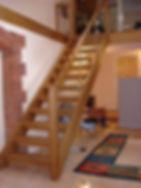 modelo-de-escada-de-madeira-simples-para