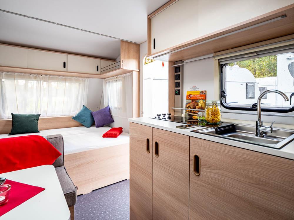 komfortabler-wohnwagen-mieten-in-paderbo