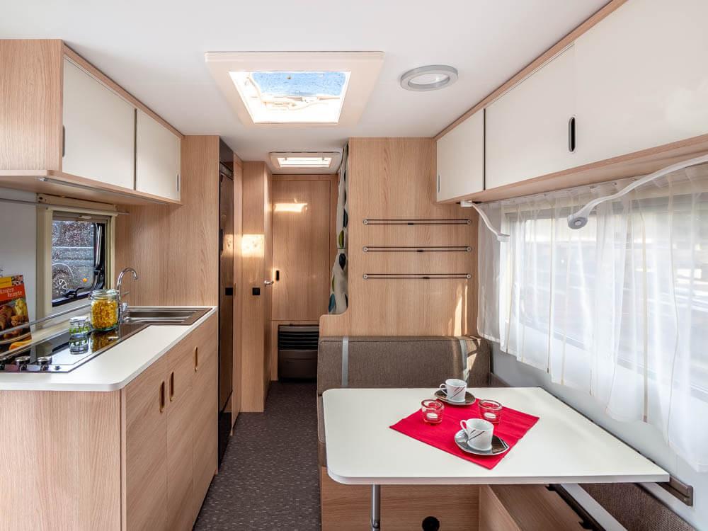 komfortabler-wohnwagen.jpg