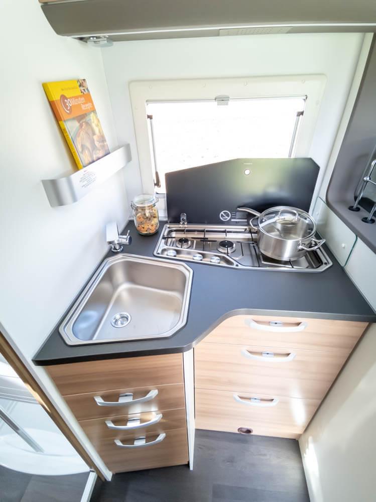 alkoven-wohnmobil-mieten-in-paderborn.jp
