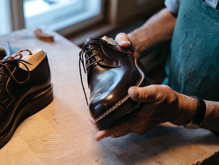 Finding the Perfect Luxury Fit for your Feet