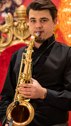 Saxophonist Vladi Strecker