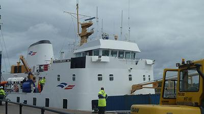 Scillonian III unloading cargo