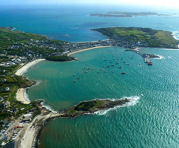 Holidaymakers on the quay, St Mary's, Isles of Scilly
