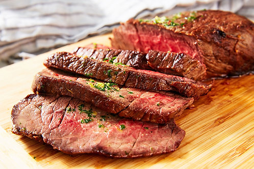 London Broil with Oven Roasted Potato and Seasonal Vegetable