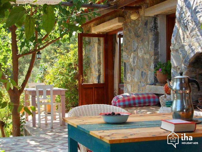 The Value of Adding a Guest House
