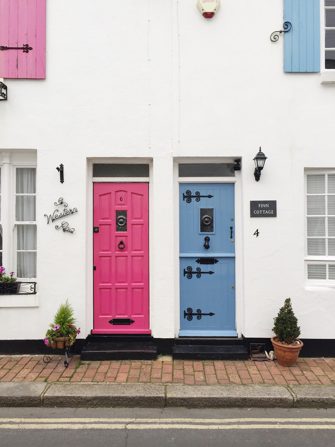 7 Paint Colors to Boost Value