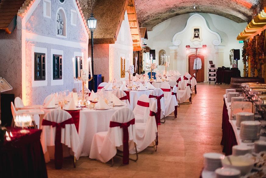 Borítókép esküvő wix.jpg