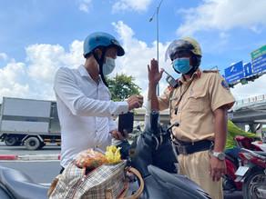 Bị bắn tốc độ trên đường Võ Văn Kiệt, năn nỉ CSGT: 'Em ở quê mới lên'