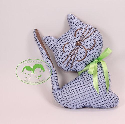 Coussin chat à carreaux bleu fond marron et ruban vert