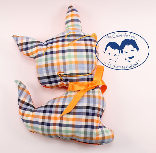 Coussin chien carreaux bleu foncé et orange avec ruban couleur orange