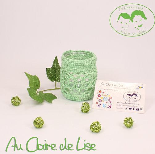 Photophores ou pots à crayons vert au crochet, à vous de choisir !