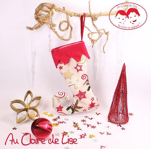 Botte de lutin de Noël à suspendre avec des motifs traditionnels