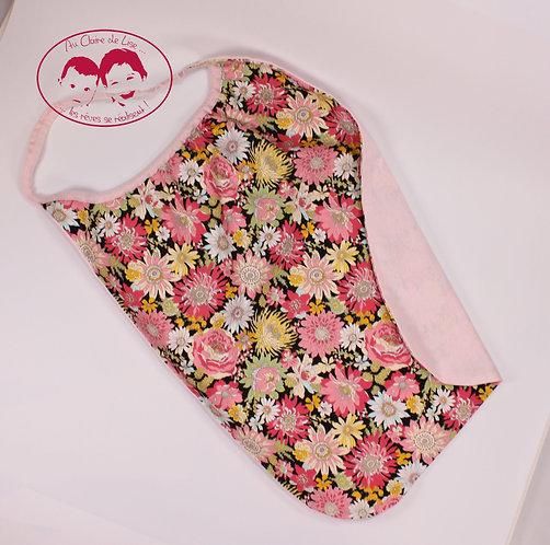 Grande serviette de table élastiquée fleurs multico fond et biais rose