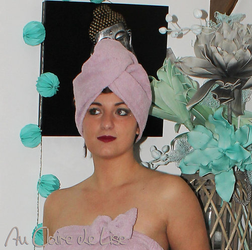 Serviette turban mauve à cheveux en éponge