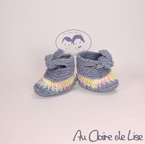 Petites chaussons en laine tricoté main pour bébé 3/6mois