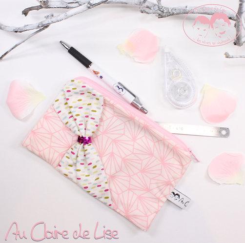 Trousse plate girly noeud en biais rose et confettis