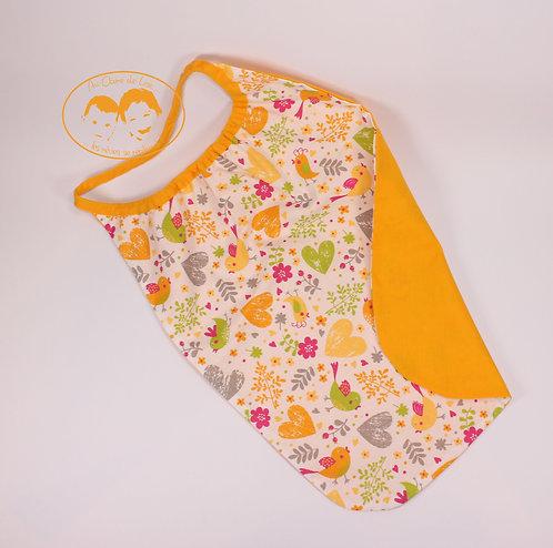 Grande serviette de table élastiquée oiseau jaune et vert pomme fond et biais ja