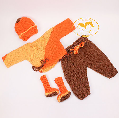 Ensemble tricoté prématuré jaune, orange et marron