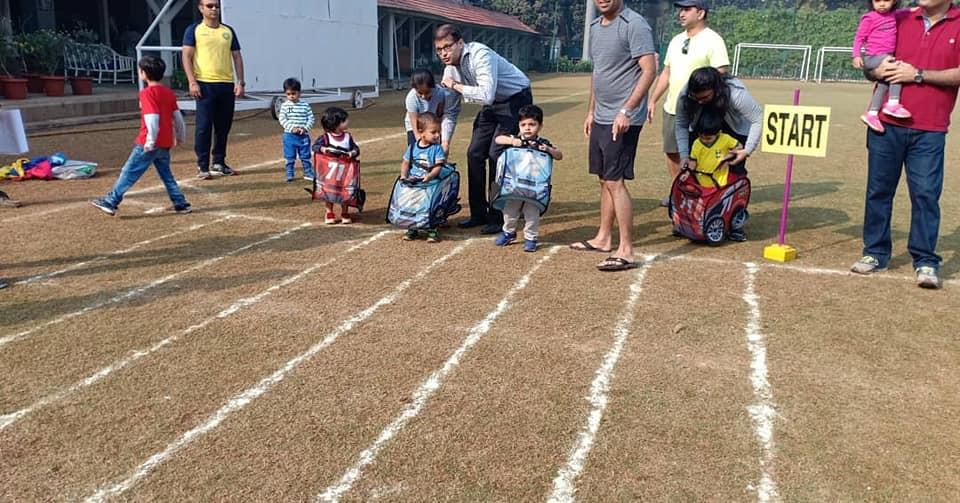 Pop up car toddler races