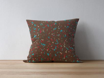 pillow-on-thewood-4.jpg