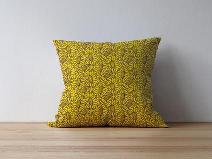 pillow-on-thewood-3.jpg