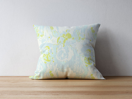 pillow-on-thewood-8.jpg