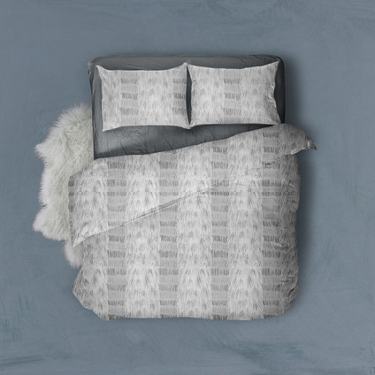 bedding-dark-back-1.jpg