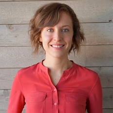 Christina Calabrese Headshot.png