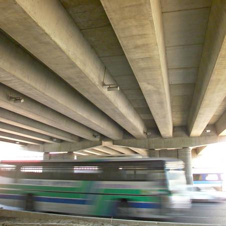 קורות גשר יצחק מודעי