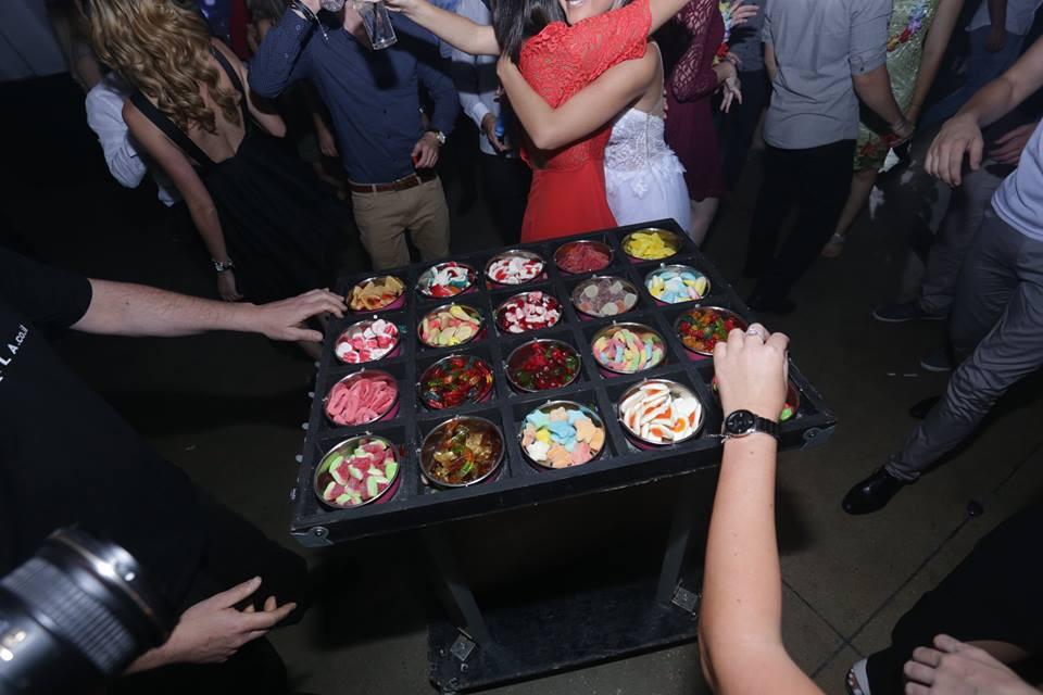 עגלת ממתקים