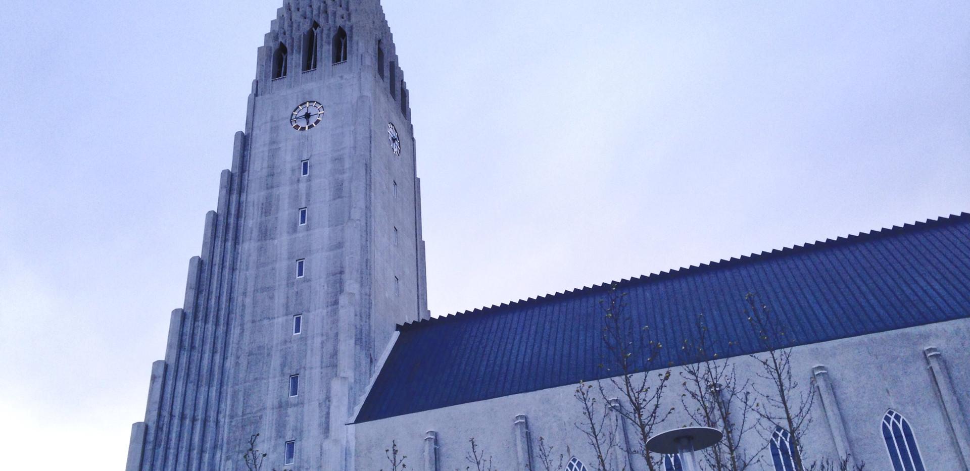 → Reykjavik
