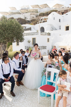 Alluring-wedding-in-santorini-24-min