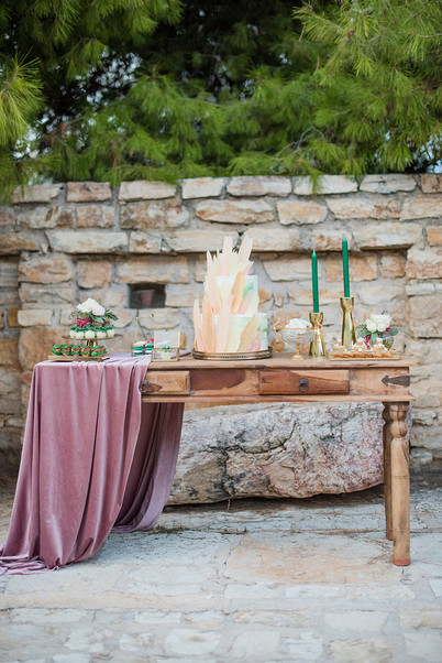 getting-married-in-greece-soo-events-LesAnagnou_editorial_lightpink_0220.jpg