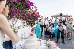 Alluring-wedding-in-santorini-35-min