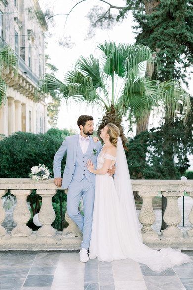 DIVE INTO AN OCEAN OF ELEGANCE AND ROMANCE IN THIS DESTINATION WEDDING IN CORFU