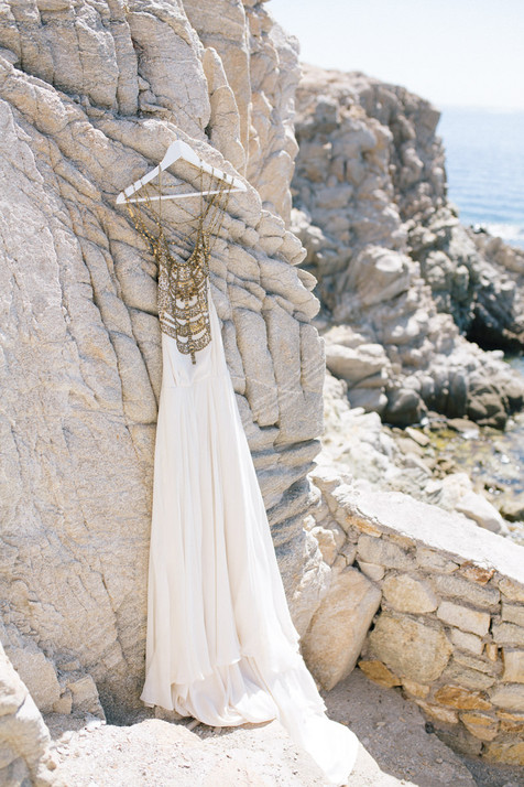 getting-married-in-greece-mykonos-wedding-anna-roussos-1-9.jpg
