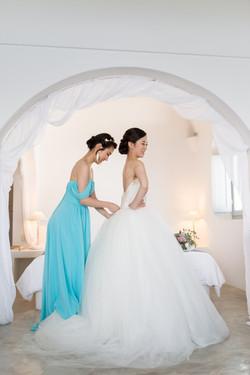 Alluring-wedding-in-santorini-12-min