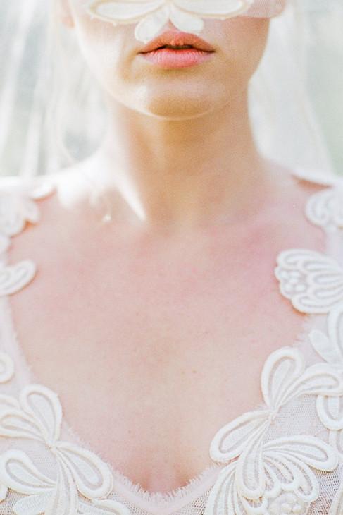 FAIRYTALE WEDDING INSPIRATION IN MONEMVASIA