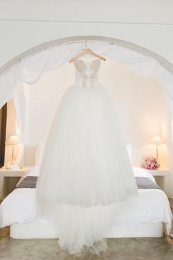 Alluring-wedding-in-santorini-5-min