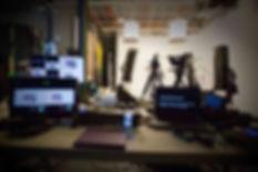 Notre studio de tournage offre tous les équipements audiovisuels