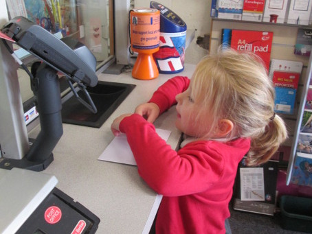 Reception Class pop to  the Post Office