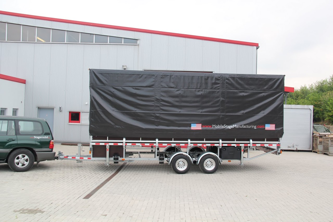 used l mobile stage trailer