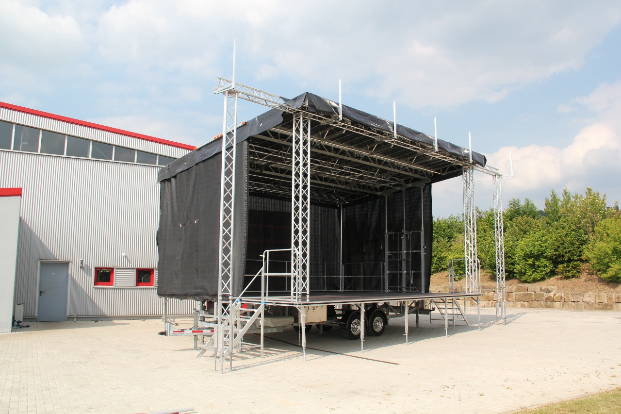 used xl mobile stage