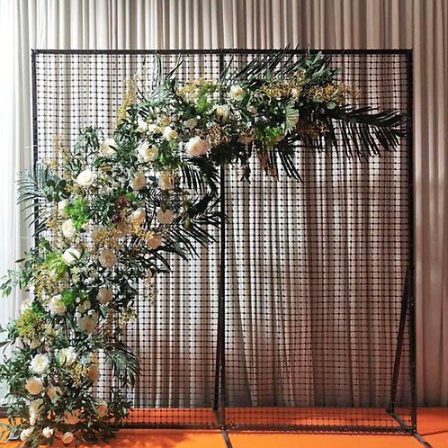 Plastic mesh for flower and balloon wall
